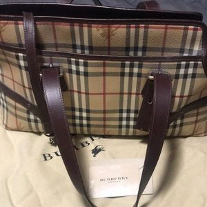 Burberry Dog bag